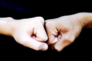 img-fist-to-fist